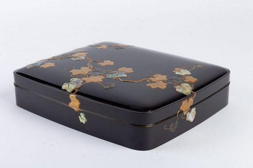 Japanese Lacquered Writing Box (Suzuri Bako) Rimpa Style