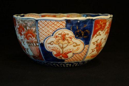 Imari Bowl with Colourful Flower Design Meiji Period (1868-1912)