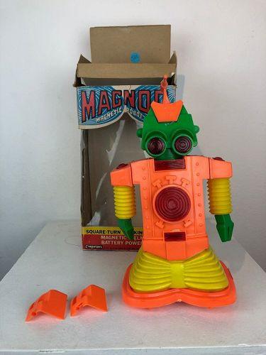 Magnor robot ,cragstan Hong kong ,1970