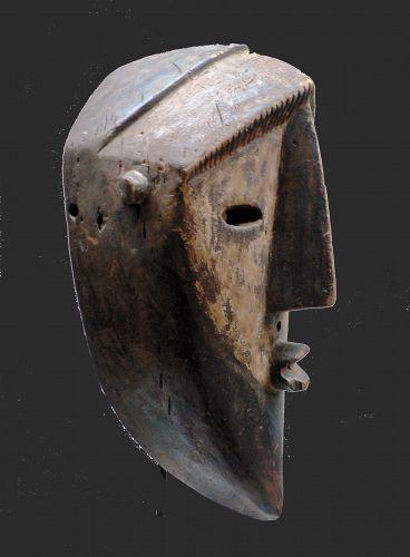 a lwalwa mask, nkaki RDC