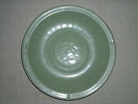 YUAN/MING LONGQUAN CELADON DISH