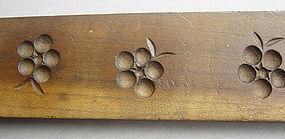 Kashigata, Japanese Wooden Sweet Mold, Berry Motif