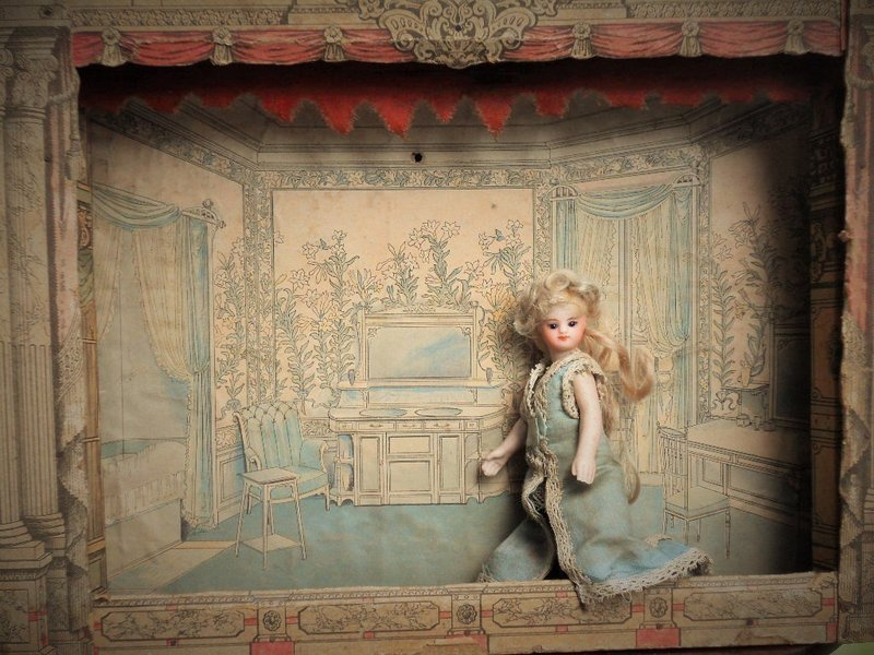 ~~ Early French Mignonette Wooden Theater / 1870~~