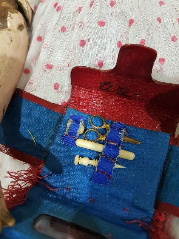~~~ Rare Poupee Sewing Accessory Bag / 1865 ~~~