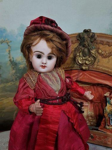 "~~~ Rare 10"" Paris Bebe by Danel et Cie in original Clothing ~~~"
