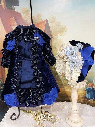Superb French Silk Velvet Bebe Costume with Bonnet