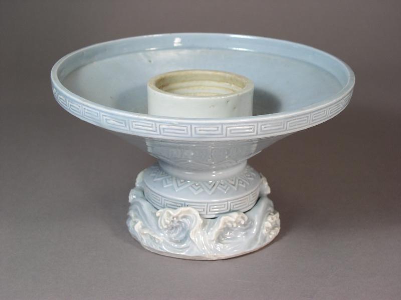 Japanese Hirado porcelain ikebana dish in two parts