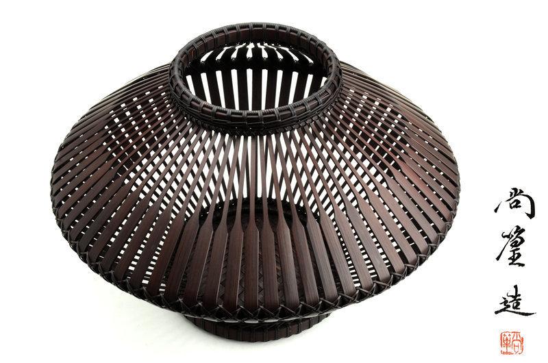 Japanese Bamboo basket made by Shokou (Hayakawa Shokosai 5th)