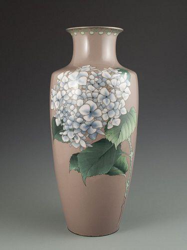 Japanese Antique Large Cloisonne Vase with White Hydrangea