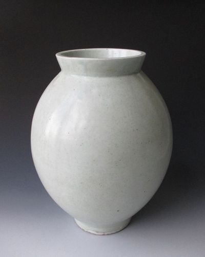 Korean Antique White Porcelain Moon Vase, 18th Century