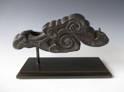 Japanese Antique Small Jizai-kagi of Swirling Clouds